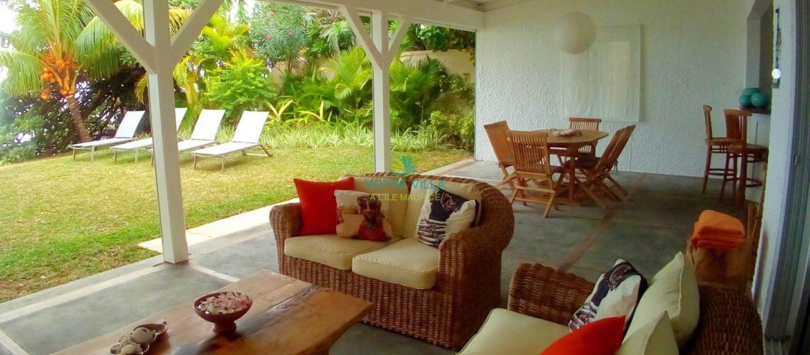 Azur-Ile Maurice-vue terrasse et jardin