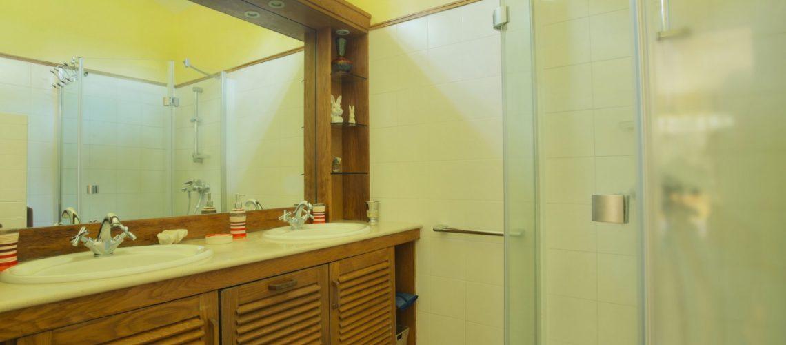 Noulacaze-Ile Maurice-salle de bains