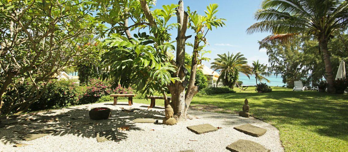 Noulacaze-Ile Maurice-vue jardin et plage