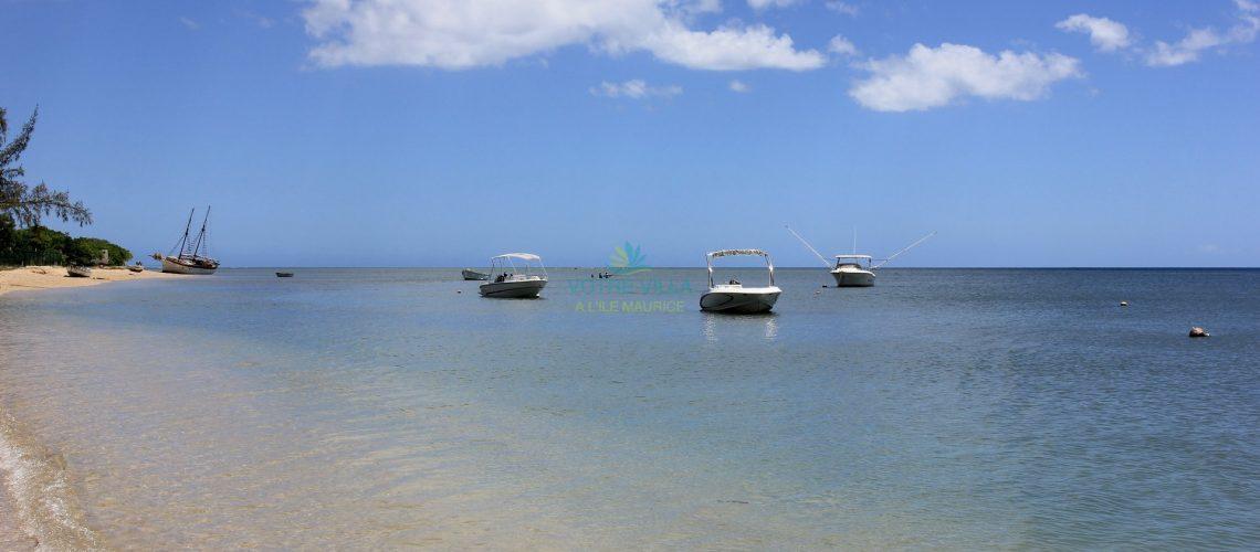 Coastal Haven-Ile Maurice-beach left