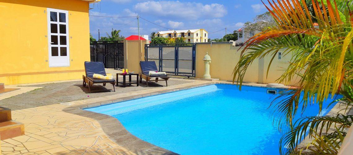 Koki 2-apart-pereybere-vue piscine